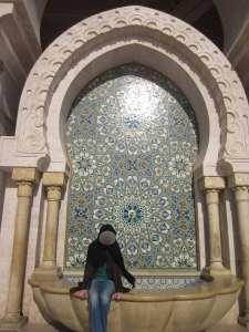 fantana in curtea moscheei Hassan II