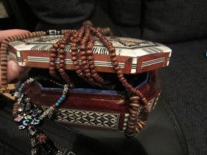 cutie handmade cu bijuterii