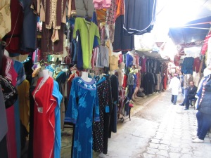 bararul cu haine in Casablanca